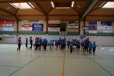 Alle Tanzgruppen des SV Teutonia beim großen Finale