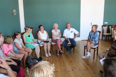 Foto zur Meldung: Stadtrallye: Calauer Jugendliche kommen mit Rathausspitze ins Gespräch