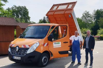 Vorschaubild zur Meldung: Neues Fahrzeug für den Bauhof