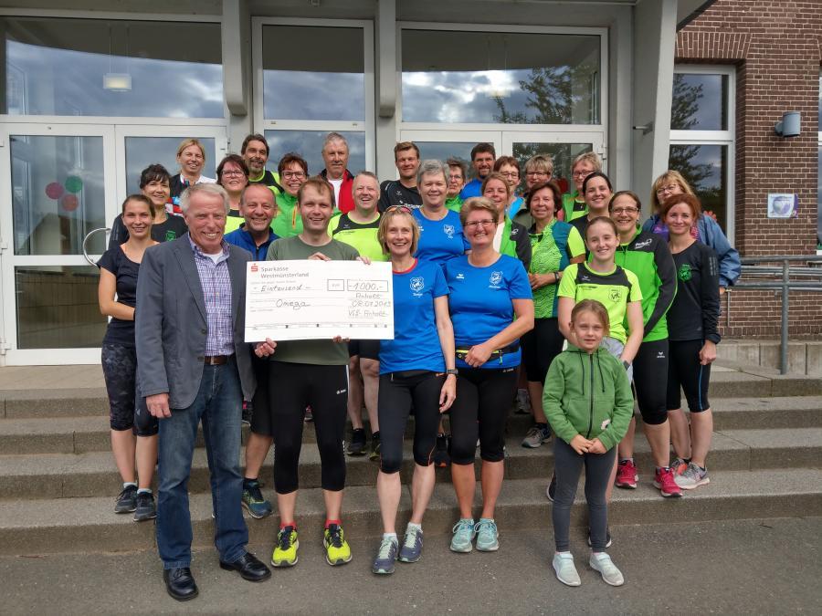 Vorschaubild der Meldung: Lauftreff des VfL Anholt erläuft 1000 Euro für Bocholter Kinder- und Jugendhospitz