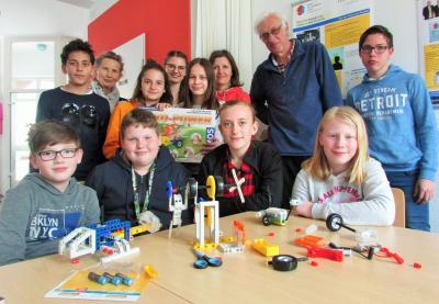 Foto zur Meldung: Kreativtreff im Mehrgenerationenhaus Bad Dürrheim  erforscht  erneuerbare Energien