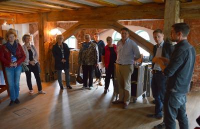 Projektinitiator Frederik Fischer (r.) begrüßte die Gäste im Coworking Space I Foto: Martin Ferch