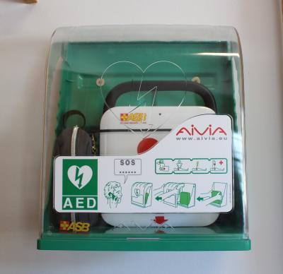 Der Automatisierte Externe Defibrillator (AED) in der Alten Post