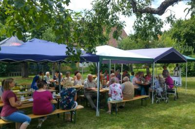 Hl. Messe beim Senioren-Sommerfest (Foto:privat)