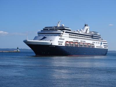 Die Vasco da Gama beim Einlaufen in den Hafen. (Foto: Mukran Port)