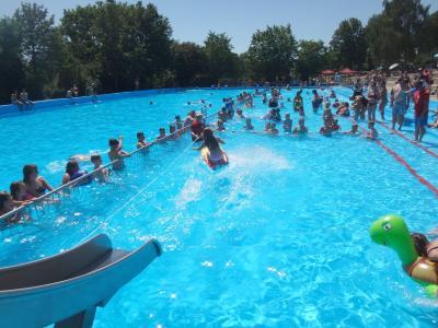 Vorschaubild zur Meldung: 5. Schwimmbadfest - ein voller Erfolg