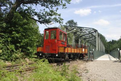 Der Chemnitztal-Express auf dem Weg zum Zuckertütenbaum