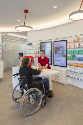 Bild der Meldung: Erster behindertengerechter Handverkaufstisch