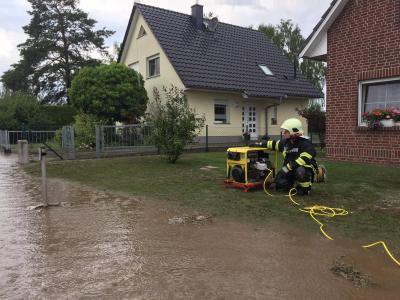 Foto zur Meldung: Göhlsdorf unter Wasser