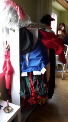 Kostümwerkstatt in Tangermünde, die Kostüme hängen bereit