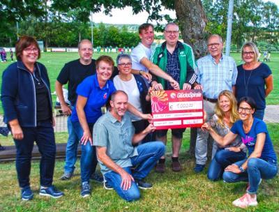 v.l.n.r.Dagmar Johnen (Stelv.Sportkreis),Markus Menebröcker(Germania Schnorbach),Heike Stauer (TuS Dichtelbach),Gaby Hower (TuS Rheinböllen),Dirk Fischer ( TuS Jahn Argenthal),Werner Petersen (TuS Ellern),Harald Zeller TuS Ellern/Gründervater),Barbara Berg (Sportbund Rheinland),kniend: Bernd Laube(SV48 Brühltal-Mörschbach) ,Claudia Lang (TSV Pleizenhausen), Sabine Peifer (SV Liebshausen)