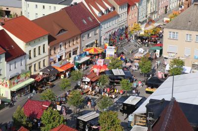 Foto zur Meldung: Calauer Stadtfest: Grünes Licht für gute Aussicht