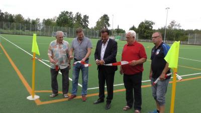 Foto zur Meldung: Pressemitteilung der Stadt Lauchhammer | Kunstrasenplatz offiziell eingeweiht