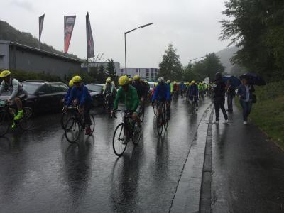 Start im Regen