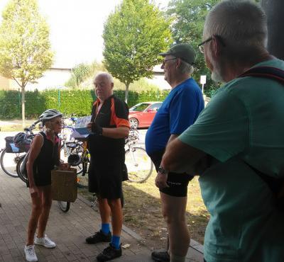Foto zur Meldung: Gelungene Überraschung bei den Mittwochs-Radlern