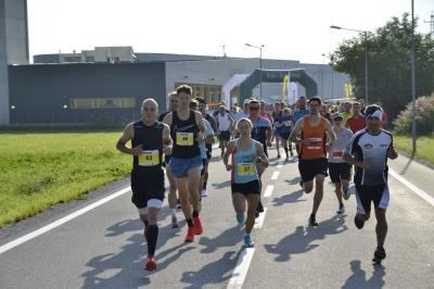 Vorschaubild zur Meldung: Maike Schön läuft in die deutsche Bestenliste