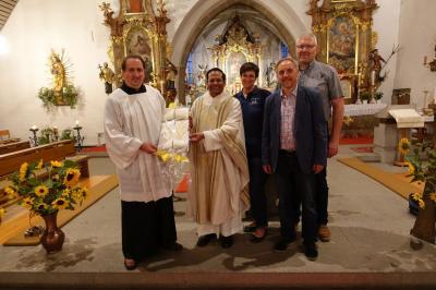 Foto zur Meldung: Dankgottesdienst und Feier zum Geburtstag von Pater Rockose