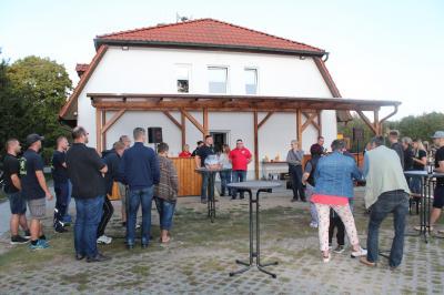 Foto zur Meldung: Feuerwehrverein weihte den neuen Vorbau ein