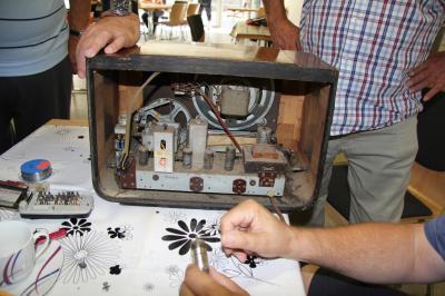 Röhren-Radio von 1950 stellte Reparateure vor eine Aufgabe