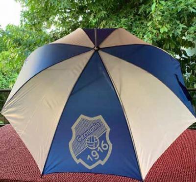 Foto zur Meldung: Jugend - Germania lässt sie nicht im Regen stehen