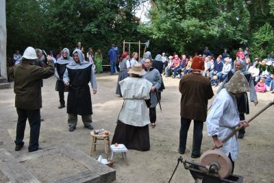 Vorschaubild zur Meldung: Theater zum Stadtfest