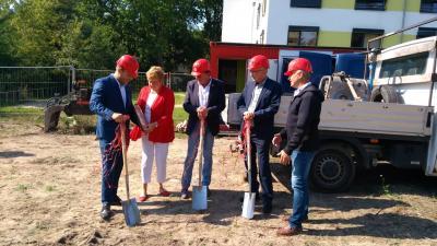 Foto zur Meldung: Spatenstich für neue Grünheider Kindertagesstätte