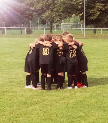 Foto zur Meldung: F-Junioren / Erster Sieg für unsere Kleinsten
