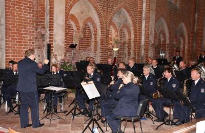 Vorschaubild zur Meldung: Landespolizeiorchester spielte für guten Zweck in Mühlberg