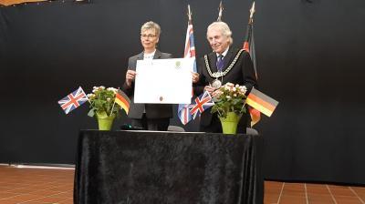 Foto zur Meldung: Erneuerung der Städtepartnerschaft mit Weymouth