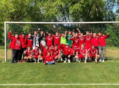 Foto zur Meldung: Herren / Halbfinale Lübzer Pils Cup FINALE - WIR KOMMEN!