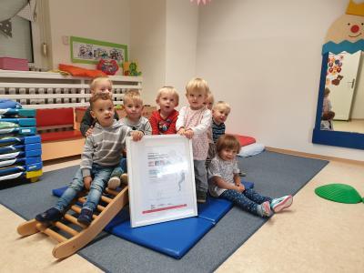 """Vorschaubild zur Meldung: """"Bewegungsfreundlicher Kindergarten"""""""