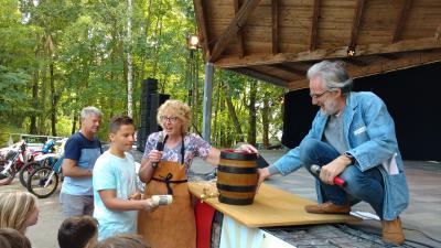 In diesem Jahr gab es nicht nur einen Festbieranstich, sondern auch einen Fassbrauseanstich für die Kinder.