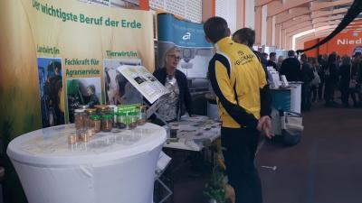Foto zur Meldung: RWK-Ausbildungsmesse Senftenberg und 18. Ausbildungs- und Studienbörse in Spremberg
