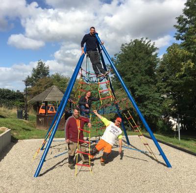 Vorschaubild zur Meldung: Der Abenteuer-Spielplatz in der Remigiusstraße ist fertig