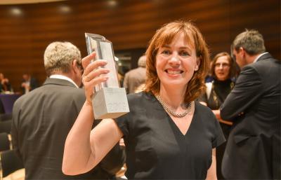 Silvia Dahlkamp gewinnt mit Bericht über Alheim