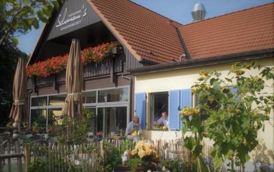 Die Inhaber Armin Schumann und Anja Bahner-Schumann freuen sich auf Ihren Besuch in der Genusswerkstatt