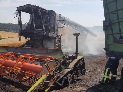 Einsatz Nr. 45 - Nachlöscharbeiten Mähdrescherbrand