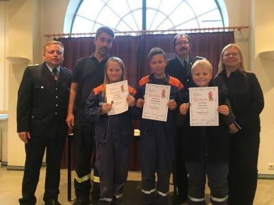 Vorschaubild zur Meldung: Jugendflammen wurden an Jugendfeuerwehren verliehen - Würdigung ehrenamtlichen Engagements und gesellschaftlicher Integrationsleistung