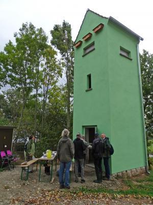 Foto zur Meldung: Exkursion nördlich von Heiligenstadt mit Besichtigung des Stromhäuschens am Gut Hillemann