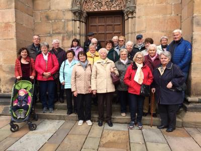 Vorschaubild zur Meldung: Merzhäuser Senioren tourten nach Marburg
