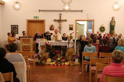 Foto zur Meldung: Erntedank in unserer Pfarrgemeinde gefeiert