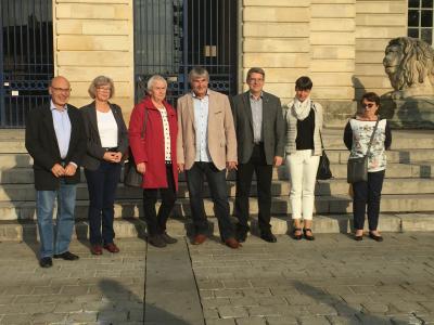 Die Wittenberger Delegation mit Gérard Lebas (I.) und Martine Lebas (r.) in Châlons-en-Champage: I Foto: Christophe Varoquier