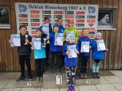 Foto zur Meldung: Podestränge beim Warsteiner-Pokalsprunglauf