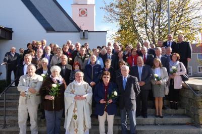 Foto zur Meldung: Ehejubiläum in der Pfarrkirche von Miltach gefeiert