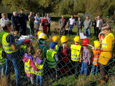 Vorschaubild zur Meldung: Spatenstich für den Kindergarten-Erweiterungsbau