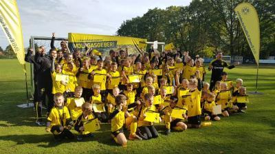 """Foto zur Meldung: Jugend - BVB Fussballschule - Viele """"Marco Reus"""" in der Fußball-Kids-Meute"""
