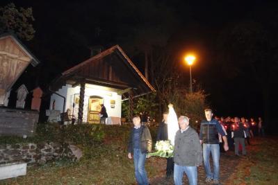 Foto zur Meldung: Pilgermadonna von Fatima zu Gast in Miltach