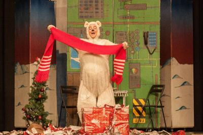Vorschaubild zur Meldung: Der kleine Eisbär feiert in Münster Weihnachten