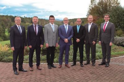 Vorschaubild zur Meldung: Volksbank Neckartal ehrt Gemeinden für langjährige Mitgliedschaft