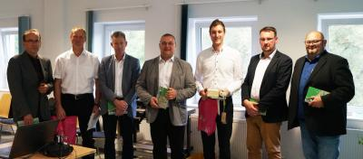 Vorstand des GUV Felda/Ulster/Werra (v.l.n.r.): Roland Ernst, Thomas Hugk, Ronny Römhild, Jürgen Dücker, Hannes Knott, Erik Thürmer, Ralph Groß